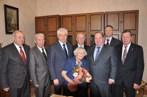 Москва Известие  Ветерану военной контрразведки Анне Рудаковой исполнилось 100 лет