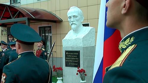 В Балашихе военные контрразведчики открыли памятник Феликсу Дзержинскому